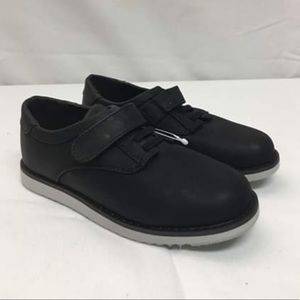 Cat & Jack Velcro shoes Size 12.5